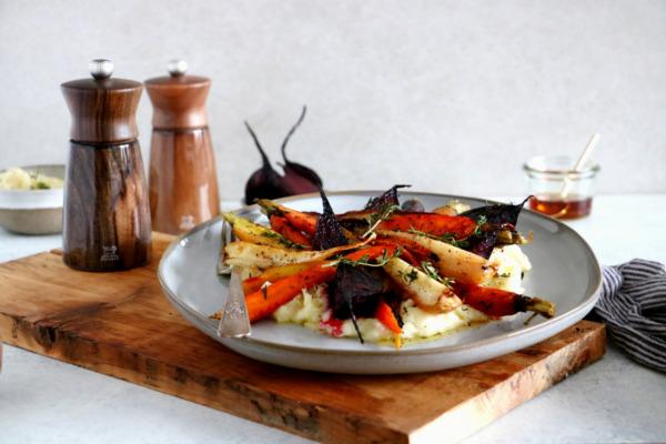 Légumes racines rôtis à l'érable et purée de panais