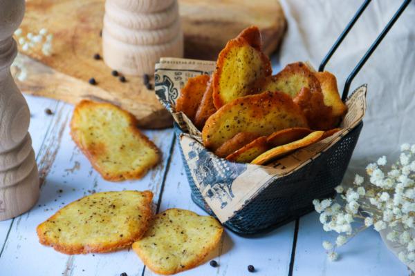 Easy Crisp French Pepper Wafers