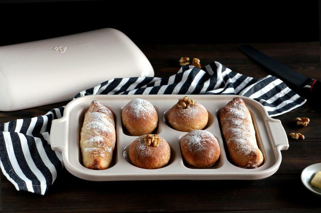 Baguette and bread assortment_landscape2 - Peugeot Saveurs